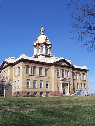 Ellsworth, Wisconsin - Pierce County courthouse