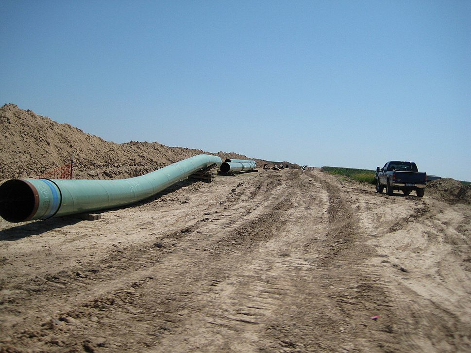 Pipes for keystone pipeline in 2009