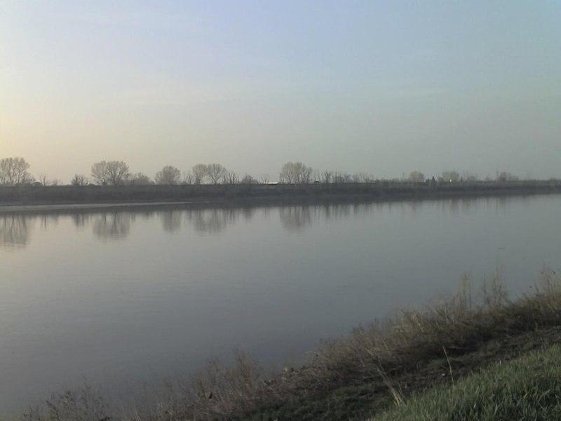 File:Po River Destra Po 4.jpg