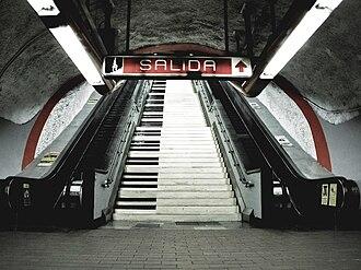 Metro Polanco - Image: Polanco's staircase
