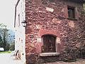 Porta de cal Pou, posada a la finestra inferior Est de Cal Músich, Tagamanent (Catalunya).jpg
