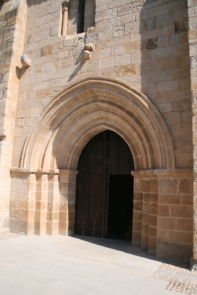 Portada de San Isidoro - Zamora.jpg