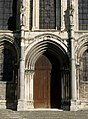 Portail Façade Basilique Saint-Remi Reims 130208.jpg