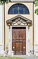Portone laterale chiesa San Faustino e Giovita Brescia.jpg