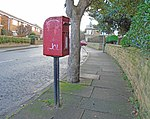 Post box on Hilbre Road context.jpg