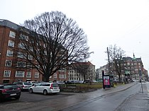 Poul Henningsens Plads 01.jpg