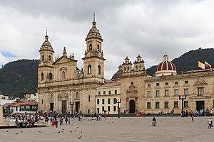 Primatial Cathedral of Bogotá 01.jpg