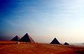 Pyramiden von Gizeh 0886.JPG
