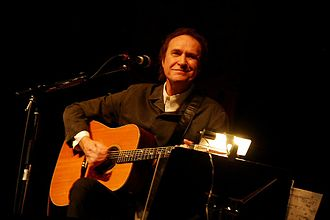 Ray Davies - Davies at Bluesfest 2008 in Ottawa