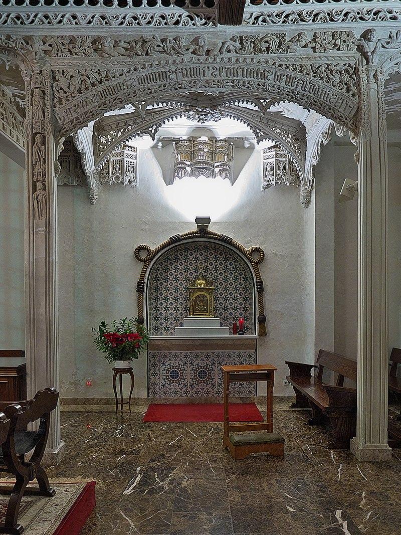 Real Monasterio de Santa Clara (Astudillo). Templete.jpg