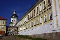 Rector's Housing in Nilo Stolobensky Monastery.jpg