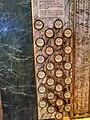 Registres esquerra orgue santa creu.jpg