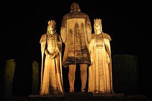 Español: Estatuas de Cristobal Colón y los rey...