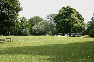 Sunbury-on-Thames - The island park – Rivermead Island