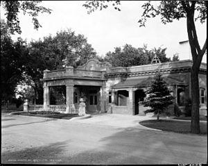 Riverside Cemetery (Denver, Colorado) - The cemetery office, c. 1935