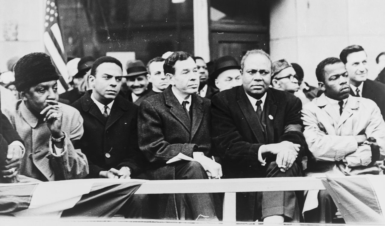 the influence of martin luther king jr and malcolm x on black americans The rev dr martin luther king jr, more than most civil rights leaders, understood the singular role that television played in documenting the brutality of racial violence on african-americans .