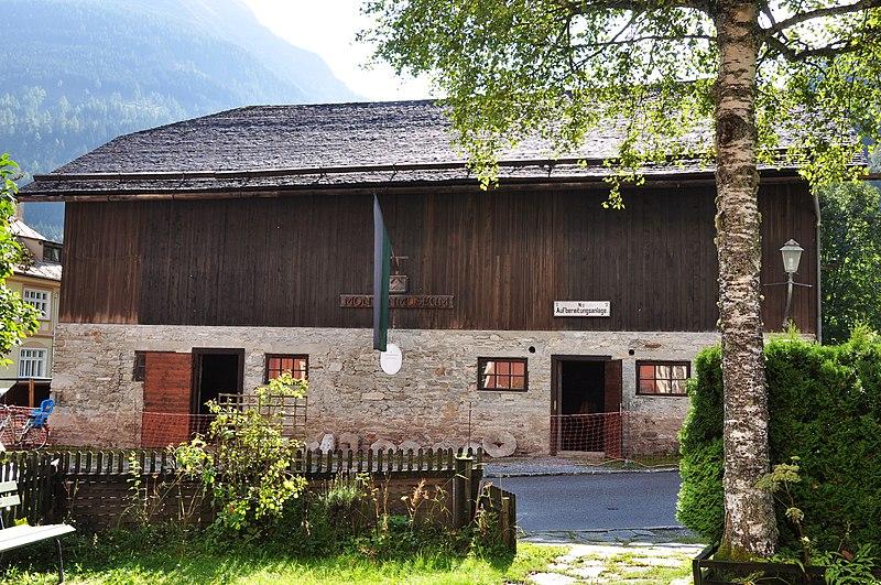 File:Säumerstall (Montanmuseum) in Böckstein.jpg