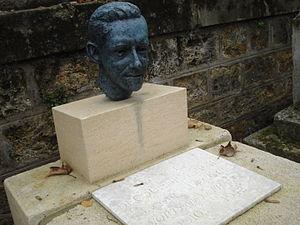 Jacques Decour - Jacques Decour's tomb at Montmartre Cemetery in Paris.