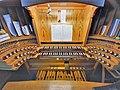 Saarbrücken-Burbach, Herz Jesu (Mayer-Orgel, Spieltisch) (2).jpg