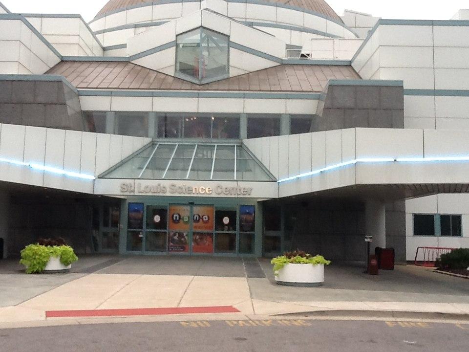 Saint Louis Science Center Entrance