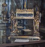 Reliquiário de São Luís (final do século XIII) no museu da basílica de São Domingos em Bolonha, Itália