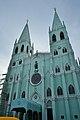 San Sebastian Basilica facade in Quiapo, Manila.jpg