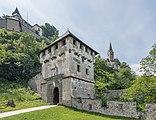 Sankt Georgen am Längsee Burg Hochosterwitz 07 Khevenhüllertor 1582 01062015 4275.jpg