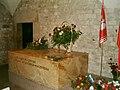 Sarkofag Lecha i Marii Kaczyńskich.jpg