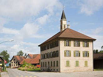 Basadingen-Schlattingen - Schlattingen's school house and town hall