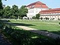 Schloss Charlottenburg - Garten - geo.hlipp.de - 1997.jpg