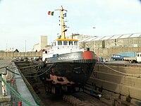 Schouwenbank (tugboat, 1972) in the drydocks at Antwerp, Belgium 12-Dec-2005 - 2.jpg