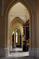 Sedlecký klášterní kostel - průhled boční lodí.jpg