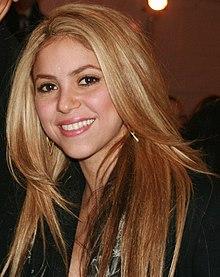 http://upload.wikimedia.org/wikipedia/commons/thumb/d/de/Shakira2009.jpg/220px-Shakira2009.jpg