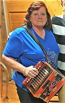 Sheryl Cormier with accordion.jpg