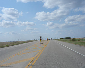 Saskatchewan Highway 16 - Divided highway begins along the highway as it approaches Saskatoon