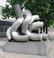Skulptur Messedamm 12 (Westend) Begegnungen&Matschinsky-Denninghoff&1978.jpg