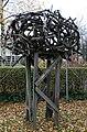 Skulptur Tiergartenstr 35 (Tierg) Holzskulptur.jpg