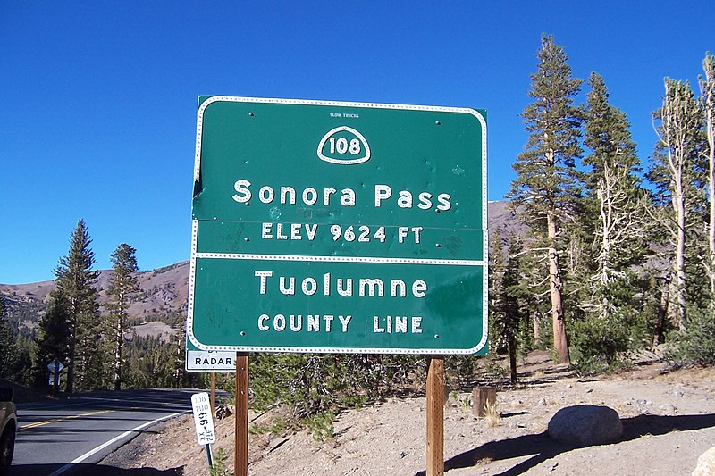 File:Sonora Pass Sign.JPG