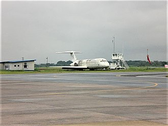 Sosoliso Airlines Flight 1145 - A similar aircraft, a DC 9-30, from Sosoliso Airlines at Enugu Airport
