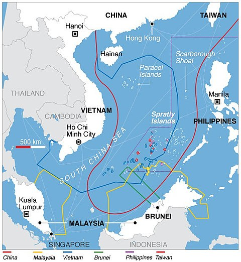 Territorial claims in the South China Sea. Vietnam's EEZ has a blue line. South China Sea claims map.jpg