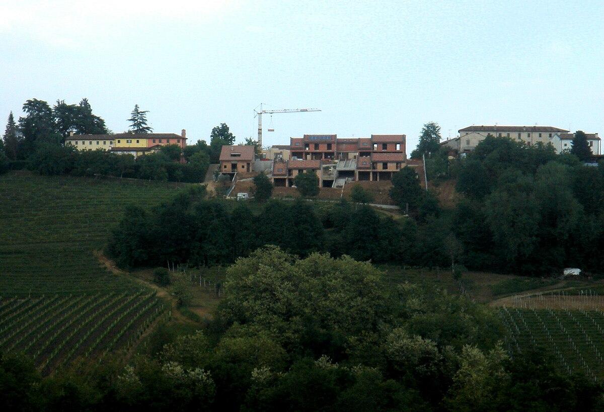 Speculazione edilizia, Conegliano.JPG