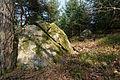 Split boulder Saint-Victor-Montvianeix 2013-04-03.jpg