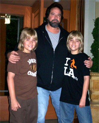 Dylan and Cole Sprouse - Dylan (left) and Cole (right), with their acting coach, Gary Spatz c. 2007