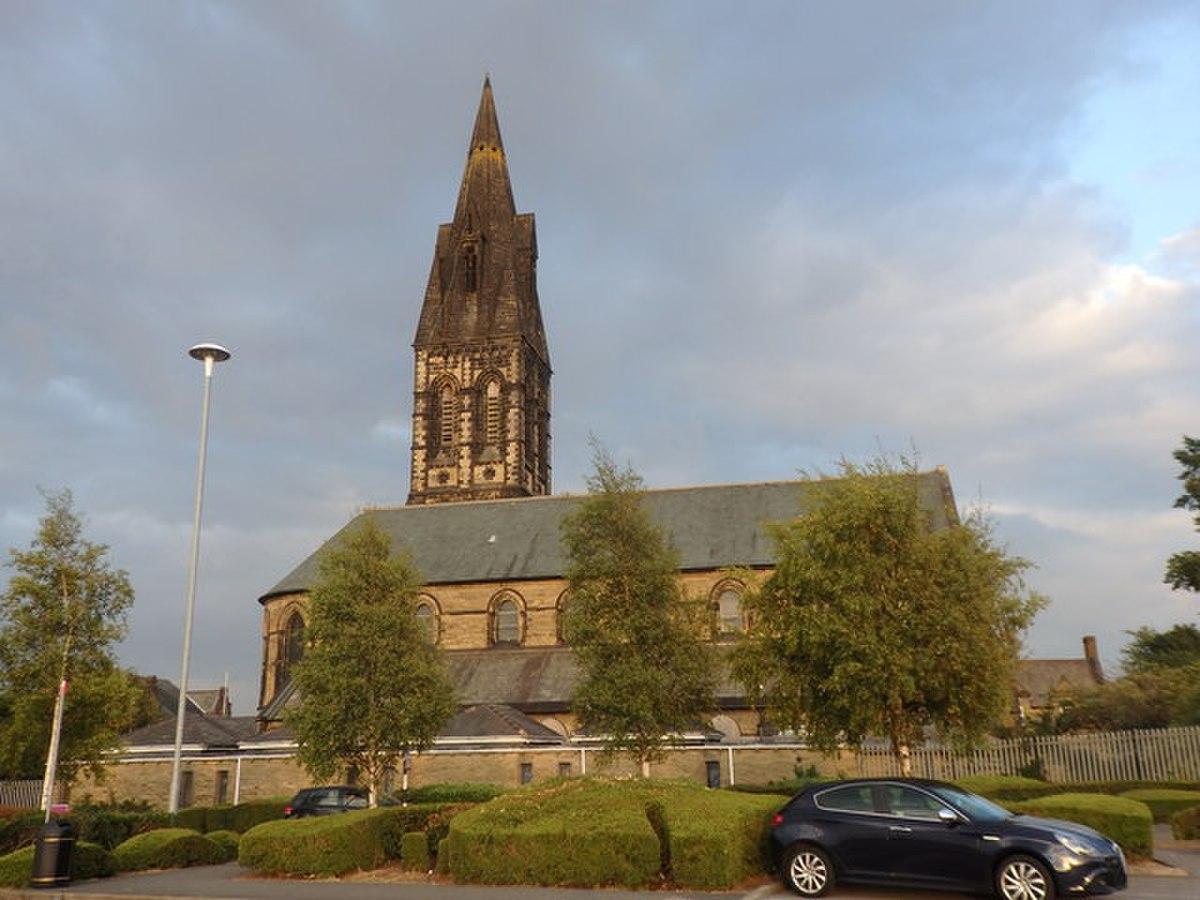 St. John the Evangelist Church, Great Horton (geograph 5921478).jpg