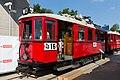 Stadtbahntriebwagen 2706, Wien, seitliche Ansicht, 26. Mai 2018.jpg