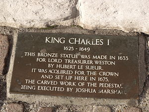 Equestrian statue of Charles I, Charing Cross - The plaque added to the base after the Second World War