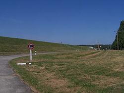 Staumauer Talsperre Spremberg.jpg