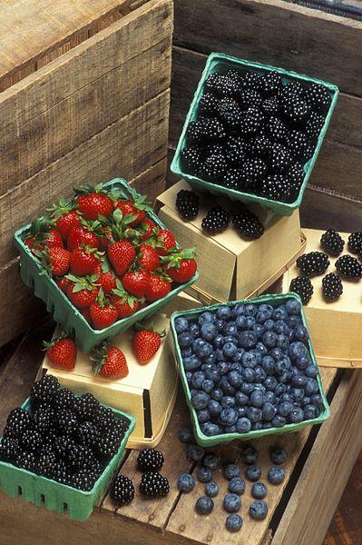 File:Strawberries blueberries and blackberries.jpg