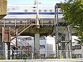 Tōkaidō Shinkansen maintenance workers stair and lift - Horidome.jpg