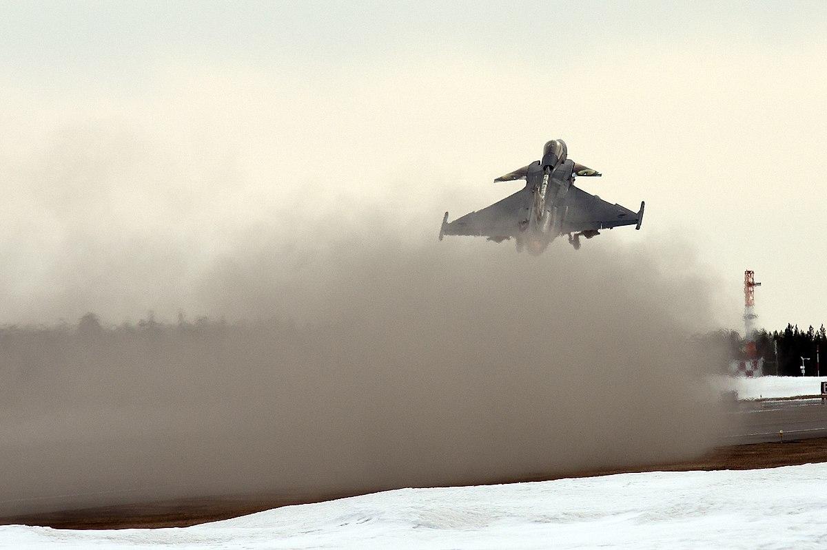 Taking off from Vidsel (7313942634).jpg